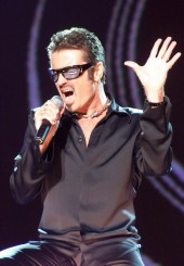 در کنسرتی خیریه در ویمبلی لندن | 1999 | Photograph: Richard Young/REX/Shutterstock