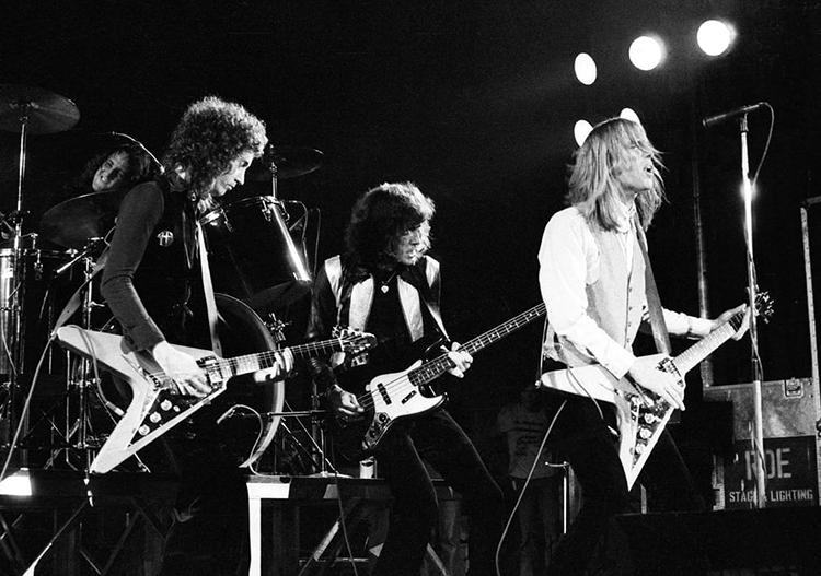 تام پتی و گروهش Heartbreakers 1977